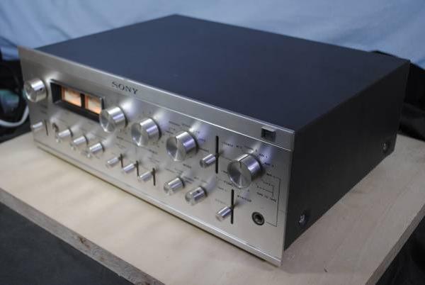 Photo1: SONY TA-2000F Preamplifier #2 (1)