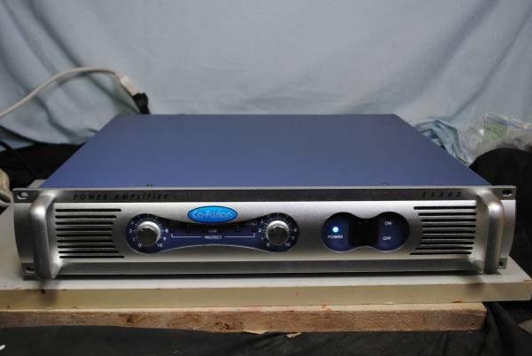 Photo1: Co-Fusion E5500 Power Amplifier (1)