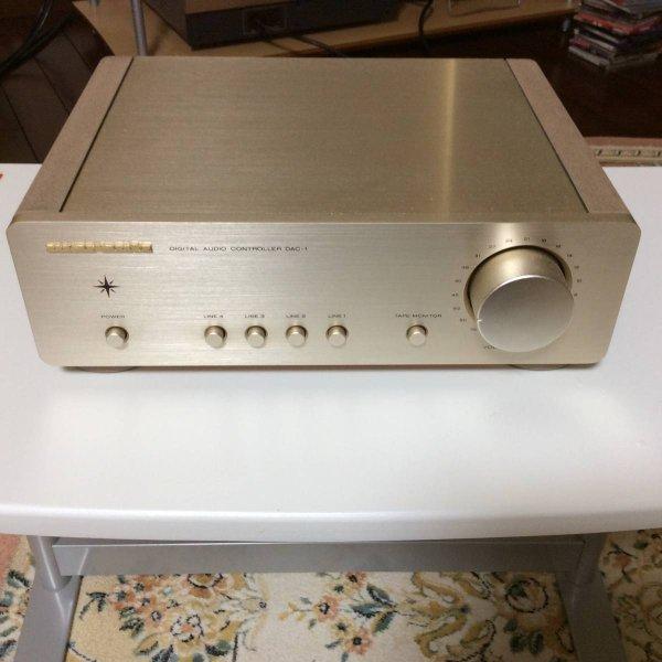 Photo1: Marantz DAC-1 amplifier (1)
