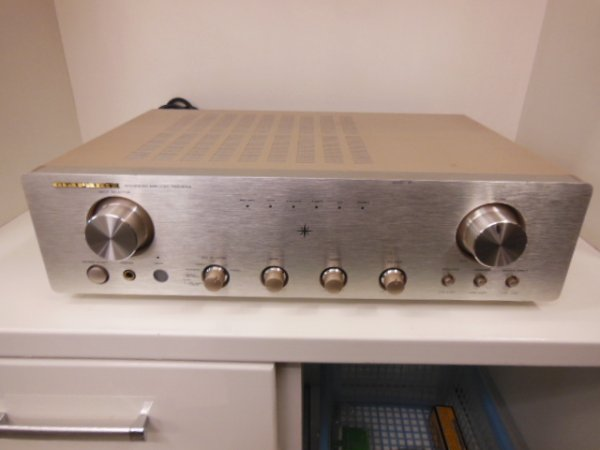 Photo1: Marantz PM6100 Integrated Amplifier (1)