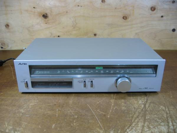 Photo1: Hitachi Lo-D AM / FM stereo tuner FT-590 (1)