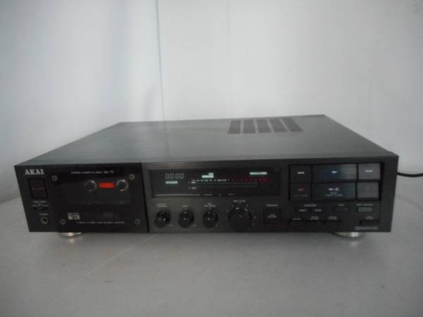 Photo1: AKAI GX-73 cassette deck  (1)