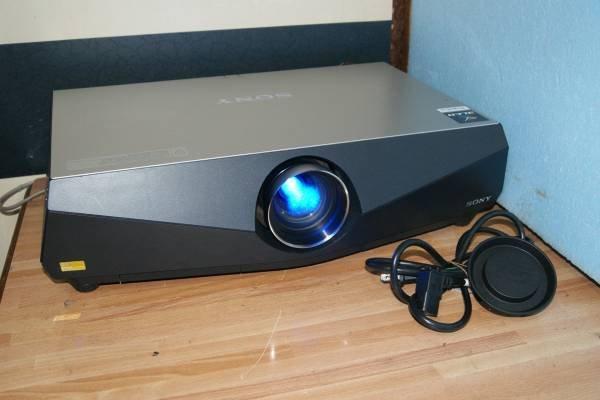 Photo1: SONY Projector VPL-FE40 #2 (1)