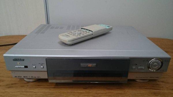 Photo1: Victor VIDEO DECK VCR HR-VFG1 S-VHS (1)