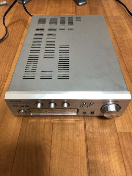 Photo1: DENON AV surround amplifier UAVC-310 (1)