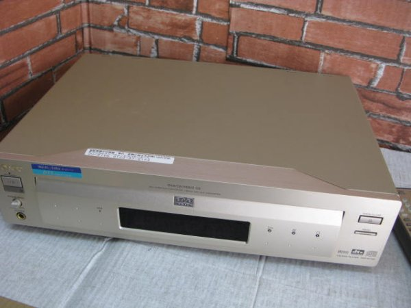 Photo1: SONY DVD/CD player DVP-S7700 (1)