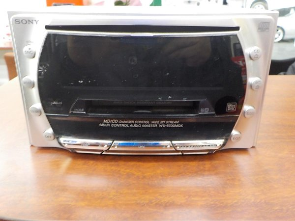 Photo1: SONY WX-5700 CD/MD player (1)