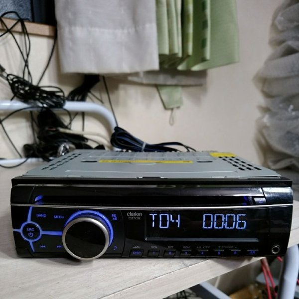 Photo1: clarion CZ102 CD Player 1DIN  (1)
