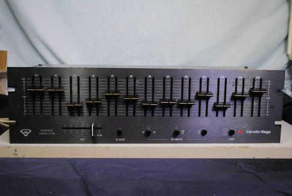 Photo1: CERWIN-VEGA GE-2 Equalizer  (1)
