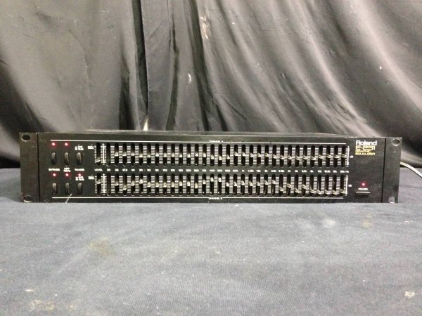 Photo1: Roland E-231 graphic equalizer (1)