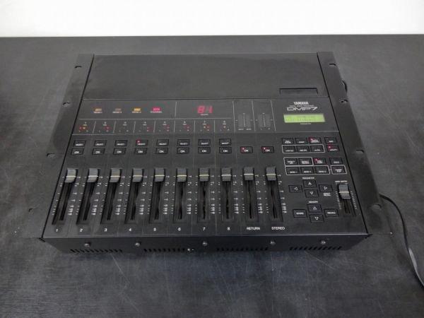 Photo1: YAMAHA digital mixer DMP7 (1)