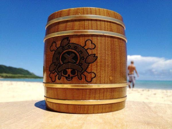 Photo1: ONE PIECE KIDARU (wooden butt) Beer Mug New World Tony Tony Chopper Ver. 380ml (1)