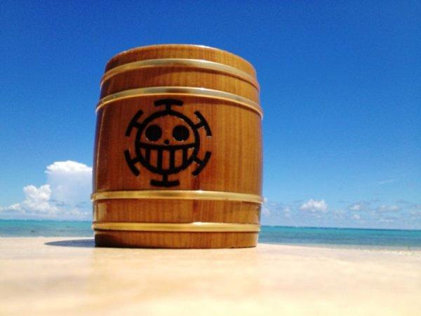Photo1: ONE PIECE KIDARU (wooden butt) Beer Mug Heart Pirates Ver. 380ml (1)