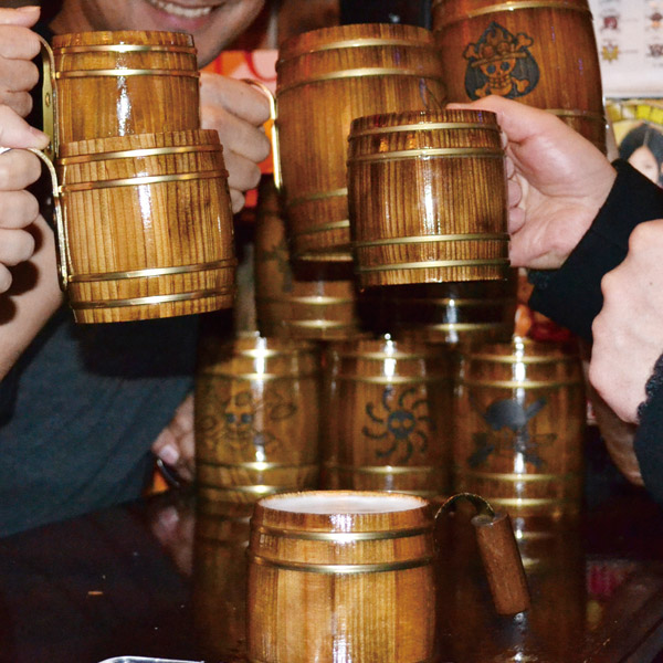 One Piece Kidaru Wooden Butt Beer Mug